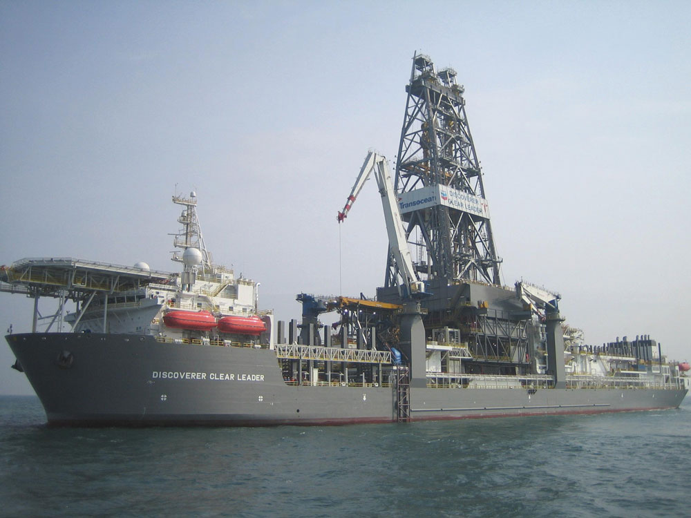 Hydraulic cylinders for wave compensation on oil drill ships and platforms